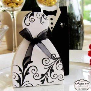 חתן וכלה עם עיטורים שחורים - מזכרת לאורחים בחתונה מזכרות לאורחים בחתונה מתנה לאורחים בחתונה מתנות לאורחים בחתונה מזכרות לאירועים