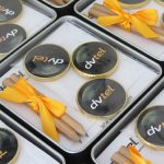 מארז מתכת ממו במיתוג אישי - מתנות לעובדים