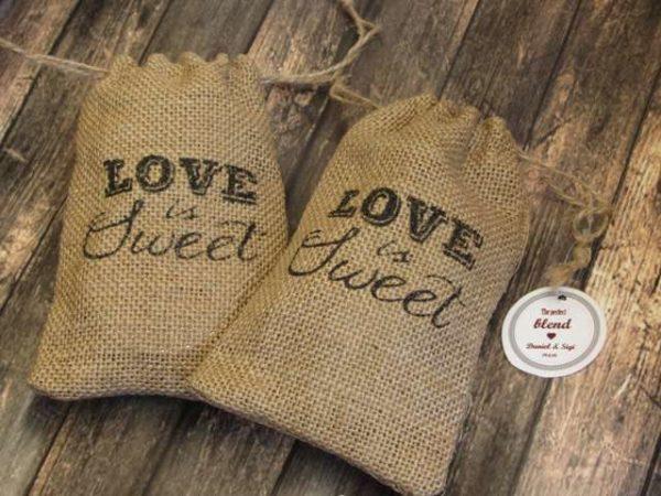שק מקסים love is sweet - מזכרת לאורחים בחתונה מזכרות לאורחים בחתונה מתנה לאורחים בחתונה מתנות לאורחים בחתונה